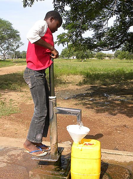 Canduace At The Bore Hole In Sandema