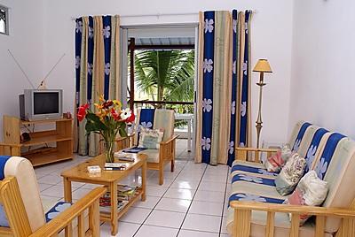 Pingouinvillas south east coast mauritius africa for Kitchen design mauritius
